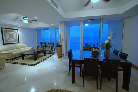 Cancun Condo Rental 3 Bedroom Bay View Grand Unit 801 Tower 1