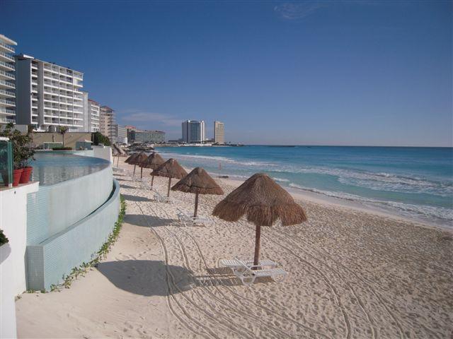 Lahia Cancun Condo Rentals