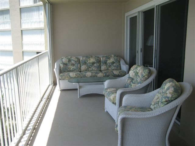 Huge nearly 300 sq ft oceanfront patio