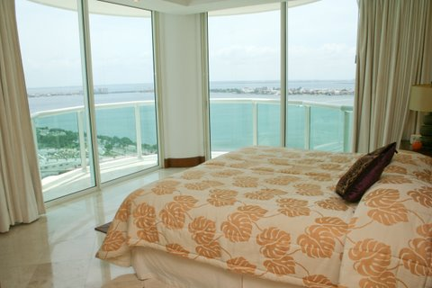 Guest suite 3 with lagoon view terrace, full bath