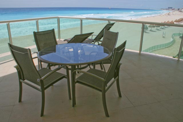 Oceanfront patio more amazing views and over 400 square feet