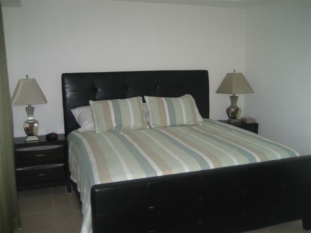 Master Bedroom Suite - Caribbean View